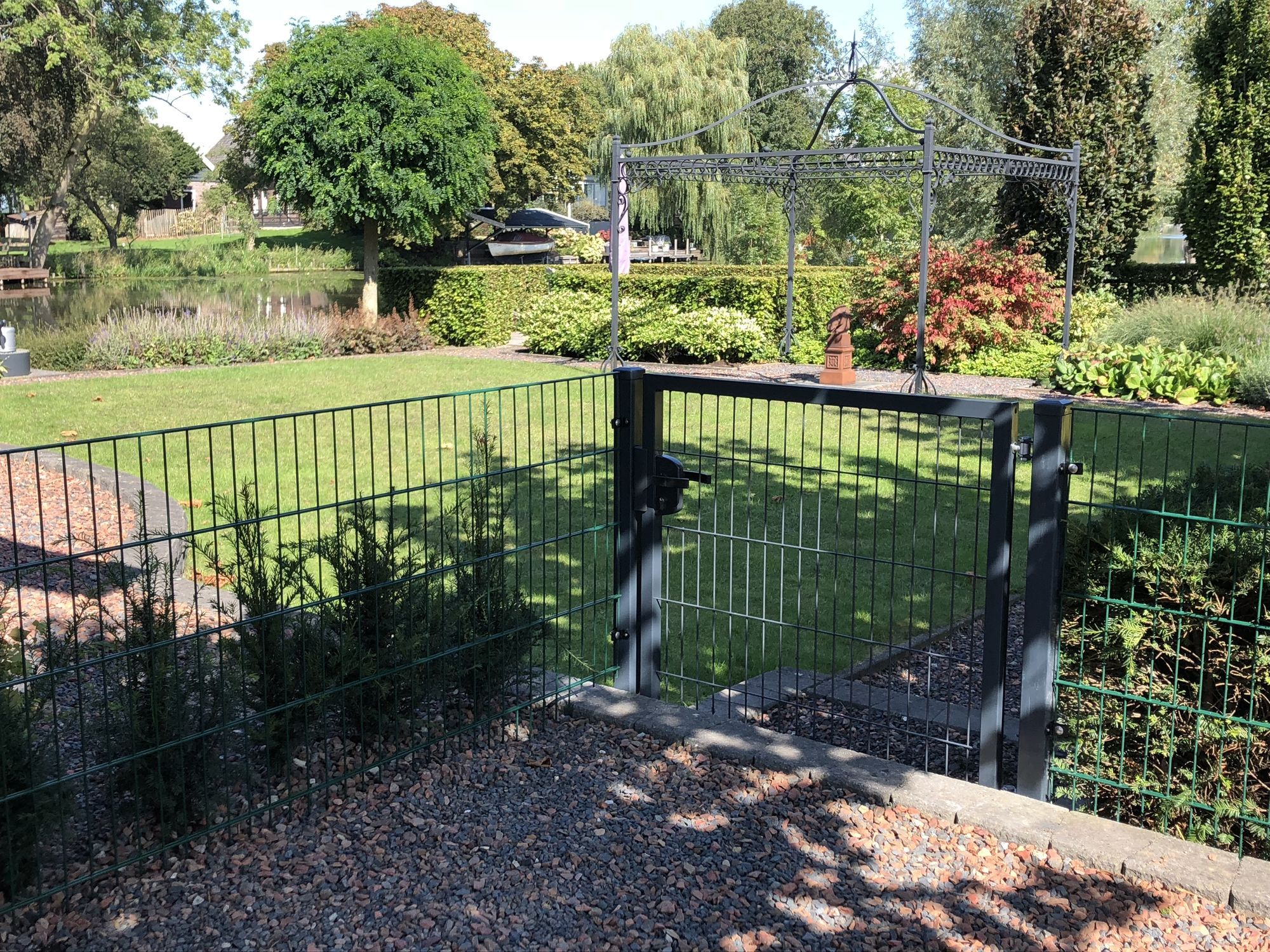 Complete fencing packages